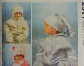 Sewing pattern McCall's 2977 infants' bunting and hats new uncut ALL SIZES