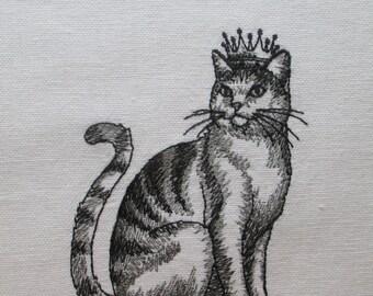 392 Cat in crown