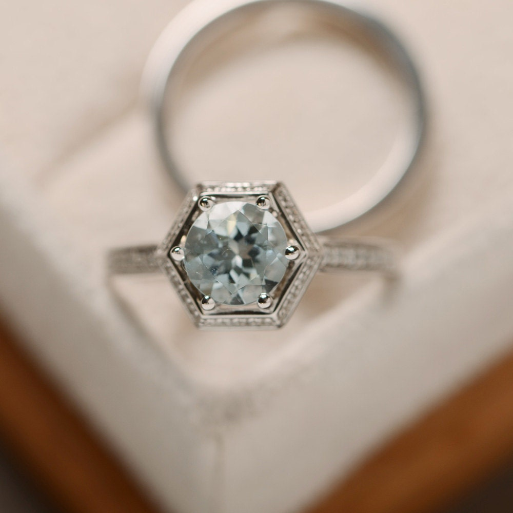 natural aquamarine ring march birthstone engagement ring. Black Bedroom Furniture Sets. Home Design Ideas