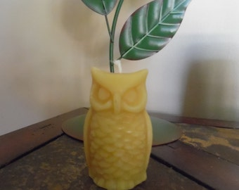 100% pure beeswax Owl candle