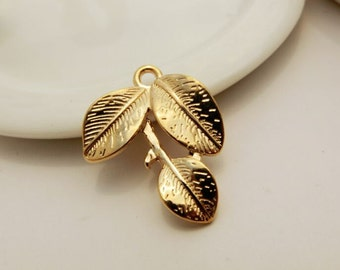 10 pcs gold leaf charm leaf pendant gold plated