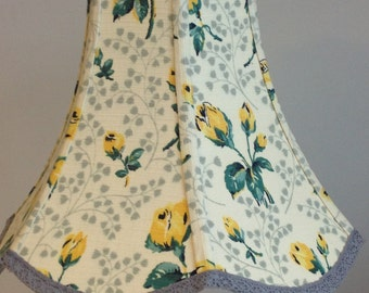 Elegant scalloped lampshade with yellow rosebuds