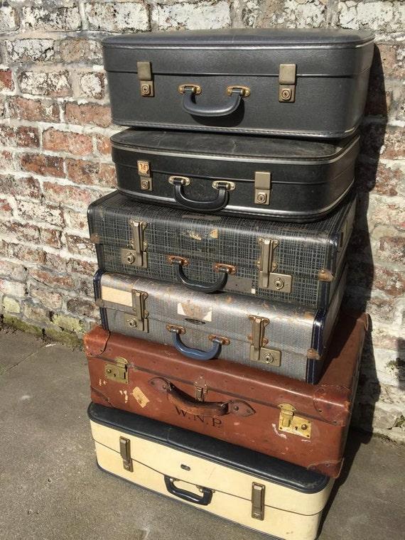 Vintage Suitcases // Vintage Luggage // Vintage Home Decor // Vintage Storage Solution // Vintage Leather Cases // Photo Props