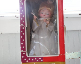 Beautiful Vintage Woolworth Woolco Christmas Musical Large Angel with Box-Works