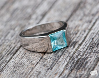 Blue Stone Ring, Size 7