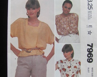 1982 McCall's 7969 Blouse Top Shirt Raglan Batwing Pullover Pattern Misses Size 12 UNCUT