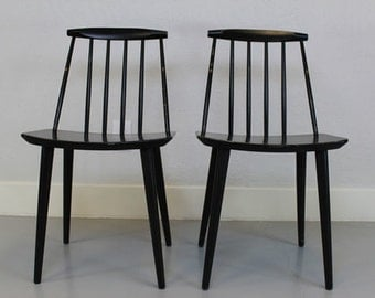Folke Palsson Mid Century Modern Stickback Side Chairs (Pair) / Contemporary Style