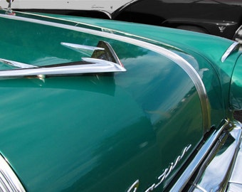 Pontiac Hood