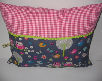 Snuggle pillows with owls, sewn, new!