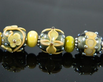 Moss green bead bracelet