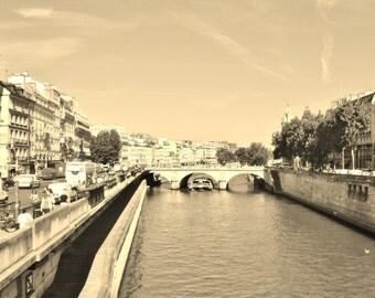 Bastille Canal