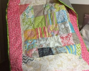 Crib size baby quilt