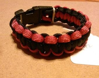 Red on black 550 paracord bracelet