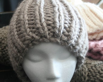 Super Chunky Knit Beanie/Hat in Warm Grey