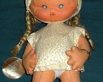 "Original Vintage Mary Vazques cloth doll 13"" Spain"