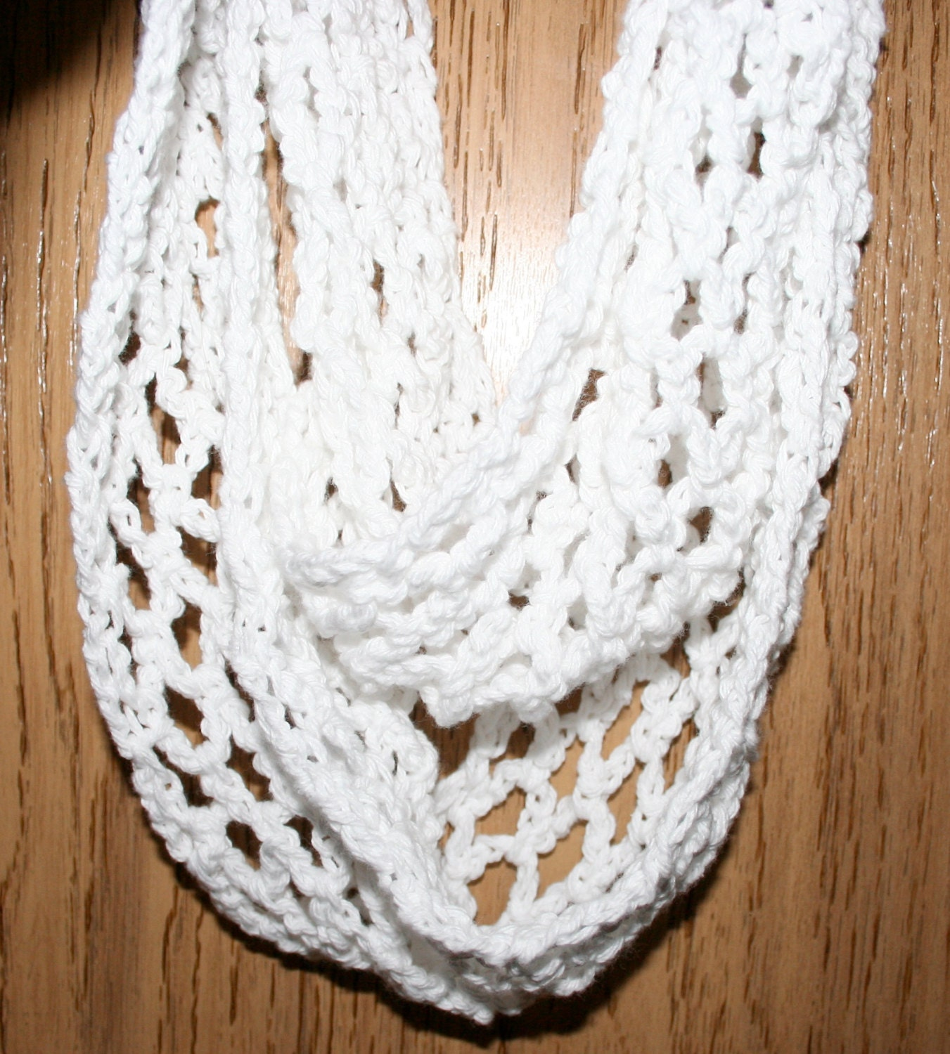 Free Crochet Pattern Scallop Scarf : Lacy Scarf Pattern Beginner Crochet Scallop Diamond Pattern3