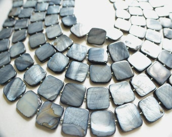 The Tegan- Gray Mother of Pearl Statement Necklace