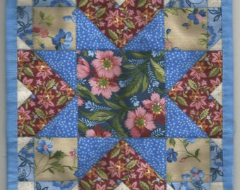Free US Shipping! Miniature Blue Star #6149 Dollhouse Quilt or Rug Great for OOAK Sculpt Doll