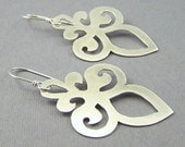 Ships within 24 hours Sterling Silver Romantic Scrollwork Earrings 2