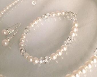 Swarovski pearl and crystal necklace, bracelet & earrings set