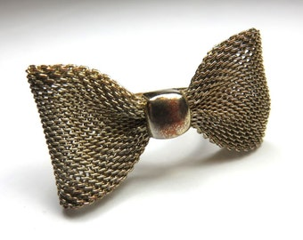 SJK Vintage -- Gold Mesh Bow Statement or Midi Ring (1950's-70's)
