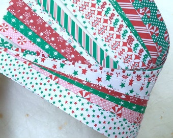 """3/4"""" Weaving Star Paper~ Holiday/Christmas Prints (50 strips)"""