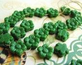 Vintage Czech Glass 2 Hole Tiny Green Flower Beads(25bds) b1666