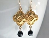 SALE: Vintage Bead Black Earrings / Brass Quatrefoil Clover Earrings / 14K Gold Fill / Boho Earrings