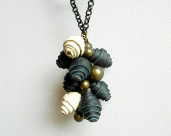 Leather ivory and black umbela pendant