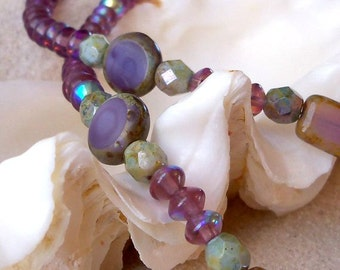 Bead Jewelry - Amethyst Necklace - Bead Necklace - Women's Necklace - Purple Necklace - Glass Bead Jewelry - Green Necklace - Boho Jewelry