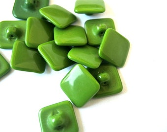 6 Glass buttons, antique vintage buttons, green, 14mm