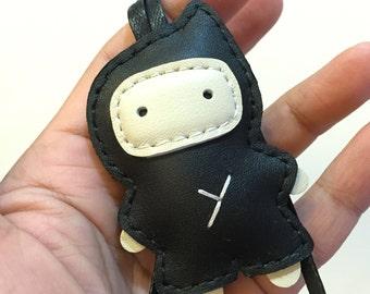 Small size - Taka the Ninja cowhide leather charm ( Black )