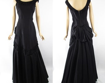 Vintage 1940s Fred Perlberg Black Taffeta Evening Gown w/ Back Swag B38 W29