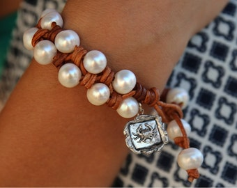 Pearl and Leather Bracelet, Knotted Leather Bracelet, Knotted Leather Jewelry, Pearl Jewelry, Leather and Pearl Bracelet, Leather and Pearls