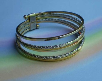 Vintage 60s Mod Hoops Bangle Bracelet
