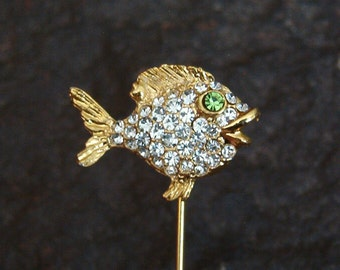Pin, Fashion Pin, Vintage Peridot and Clear Rhinestone Fish Brooch Pin, Vintage Stick Pin, Vintage Stick Pin Jewelry