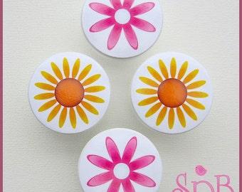 Flower Knobs • Sunflower • Daisy Dresser Knobs • Wood Knobs • Drawer Knobs • Sunflower Drawer Pulls