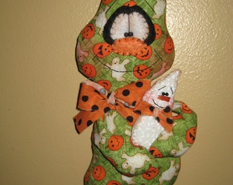 Primitive HC Halloween Hanging Whimsical Ghost with Baby Shelf Sitter Ornie Tuck