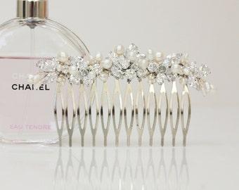 Bridal Rhinestone, Crystal and Freshwater pearl Wedding Hair Comb Fascinator