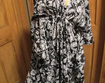 SALE - Black and White Floral Kaftan Dress (4653)