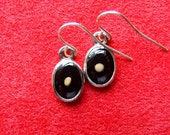 Mustard Seed Oval Earrings - Midnight Black on Bright Silver