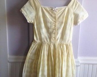 Vintage 1950s Pale Yellow Cotton Summer Dress S/M