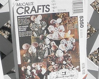 McCalls Crafts Micecapades Stuffed Mouse and Clothes Sewing Pattern Vintage