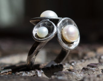 Silver pearls ring, hammered silver ring, Sterling silver ring, cluster domes ring, unique pearls ring, Organic ring - Pearl Cluster R1558