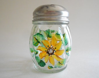 Sunflowers Cheese Shaker Cheese Bottle Cheese Jar Cheese Dispenser Handpainted Jar Clear Glass Sunflowers Kitchen Grated Cheese Jar
