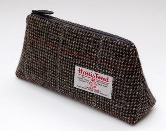 Harris tweed case, check tweed, unusual gift, tweed zipper case, pencil case, elin, scottish gift, tweed pouch