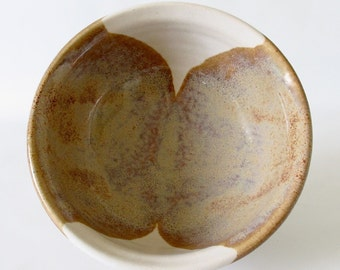 Serving Bowl. Stoneware. Sand and Sky. Earth Tone Honey. Gloss. Semi-Matte. Speckled. Gloss.