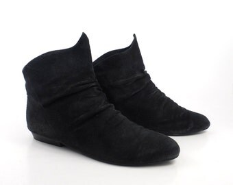 Black Suede Boots Vintage 1980s Leather Collection Ankle Short Flat Women's size 7 1/2