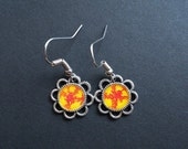 AMBROSIA AFFORDABLES 13 x13 mm Earrings Silver Yellow Red