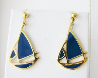 Vintage gold and blue sailboat earrings (D13)